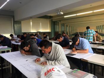 Facultad de Arquitectura capacita a trabajadores de la construcción