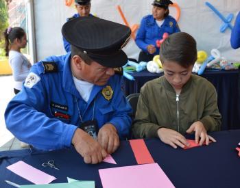 SSC festeja el Día del niño a hijos de Policías en la Feria de Chapultepec