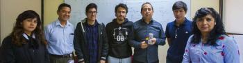 Dona al IPN inventor de Robots Cubelets 125 de sus creaciones