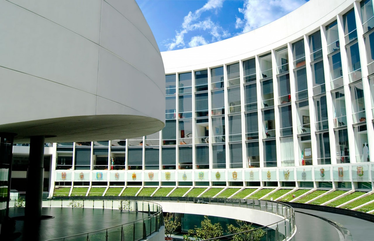 Ratifican en comisión a representante de México en la OCDE