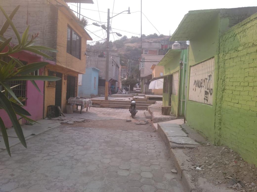 Policías de la SSC detienen a un menor de edad por presunto robo a transeúnte en Iztapalapa