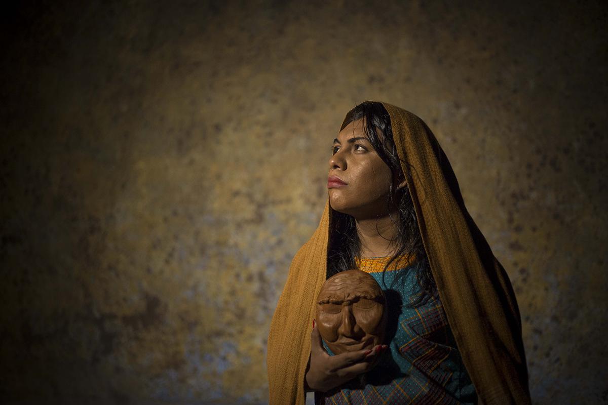 La obra teatral Andares refleja la discriminación y resistencia de los pueblos indígenas