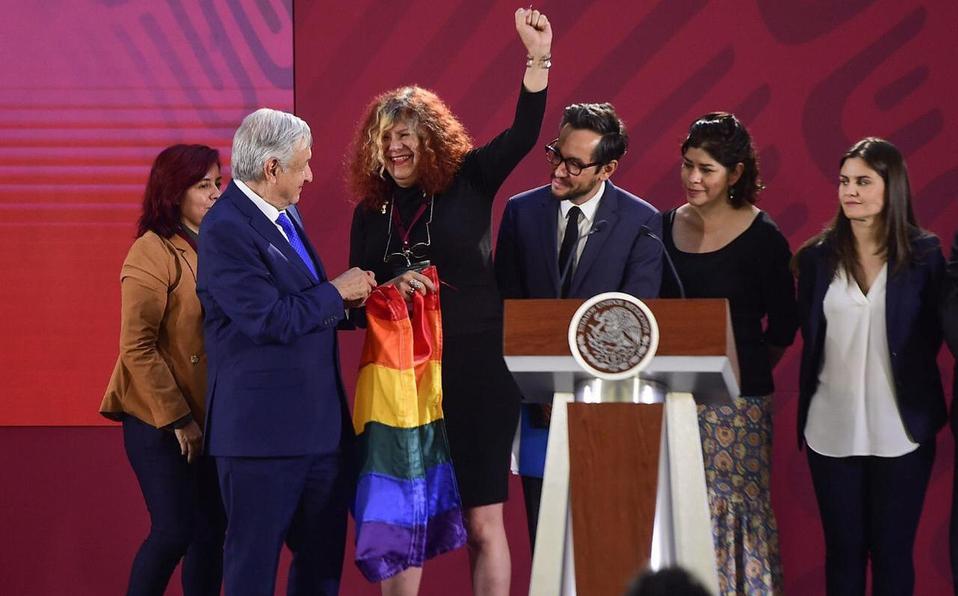Decreta AMLO 17 de mayo como Día Nacional de la Lucha contra la Homofobia