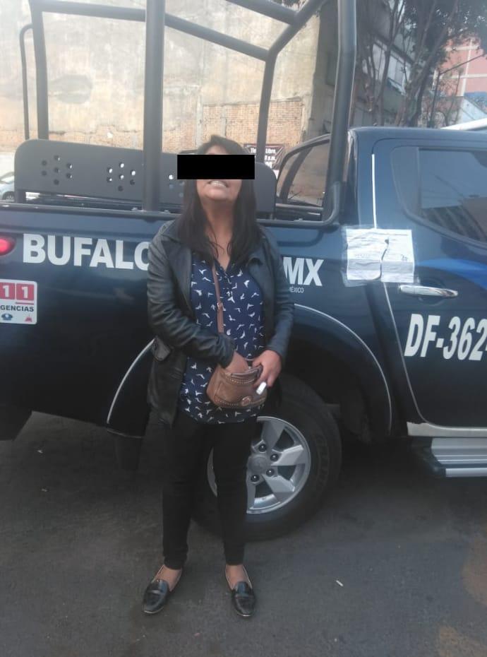 Dos mujeres fueron detenidas por Policías de la PA de la SSC por presunto robo a transeúnte en la colonia Centro