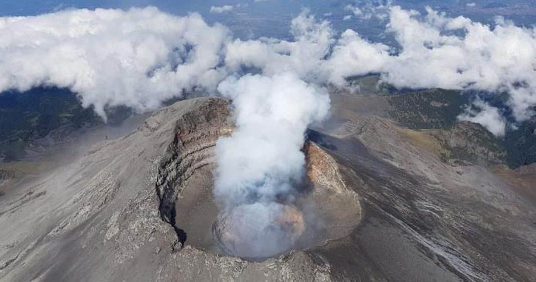 Volcán Popocatépetl registra 51 exhalaciones