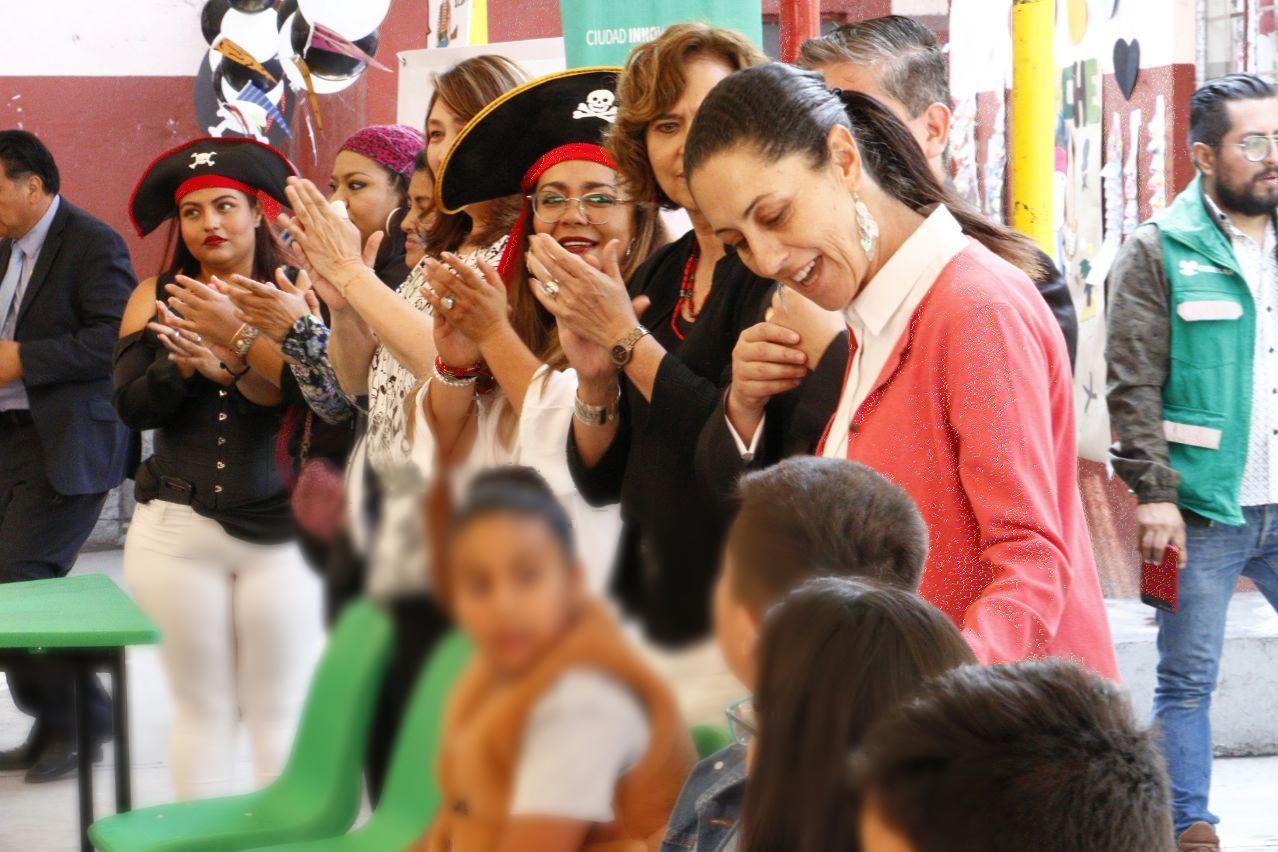 Entrega Gobierno de la CDMX recursos de los Programas Mejor Escuela