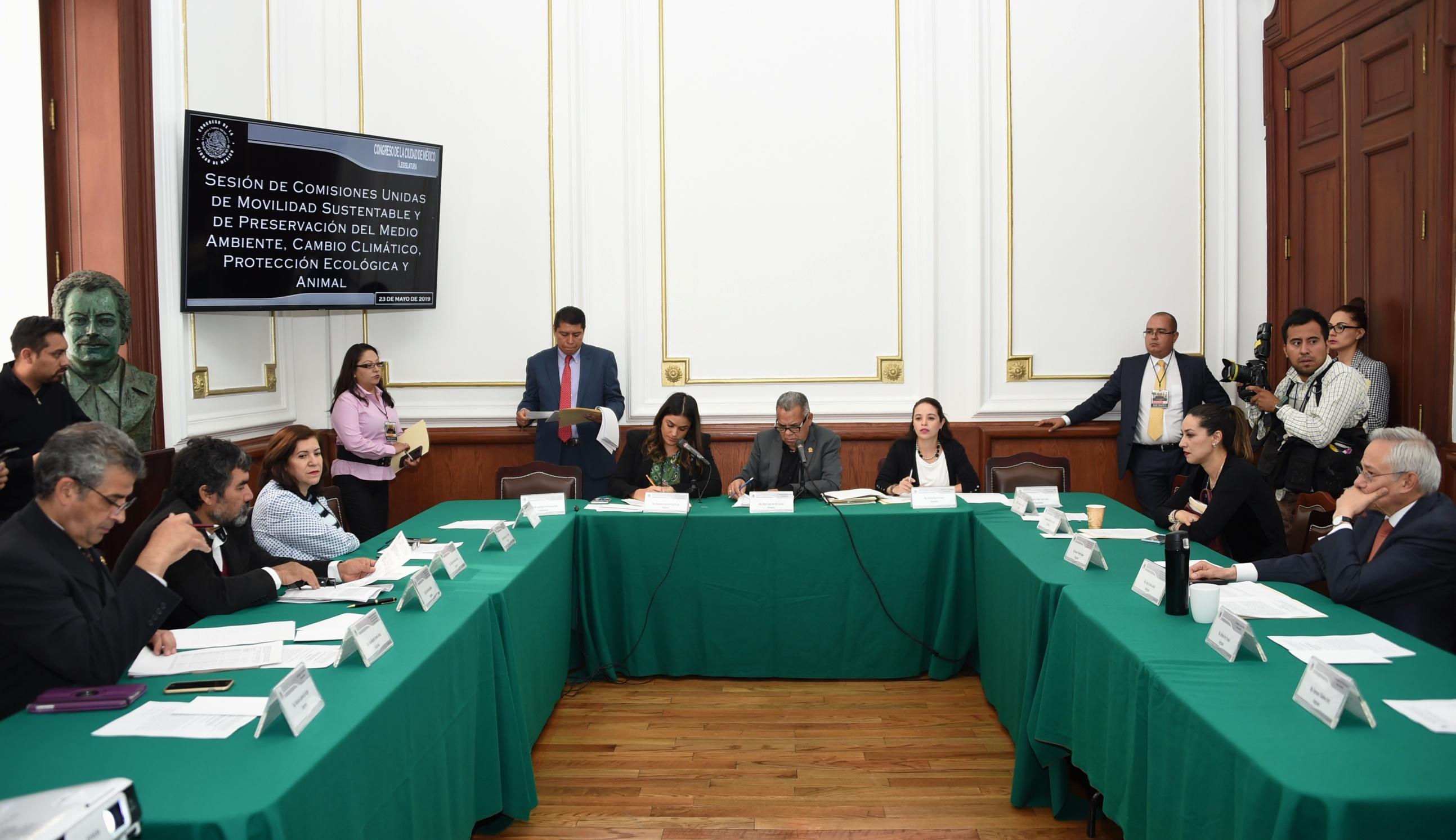 Diputados locales piden a dependencias del gobierno definir una política de movilidad sustentable