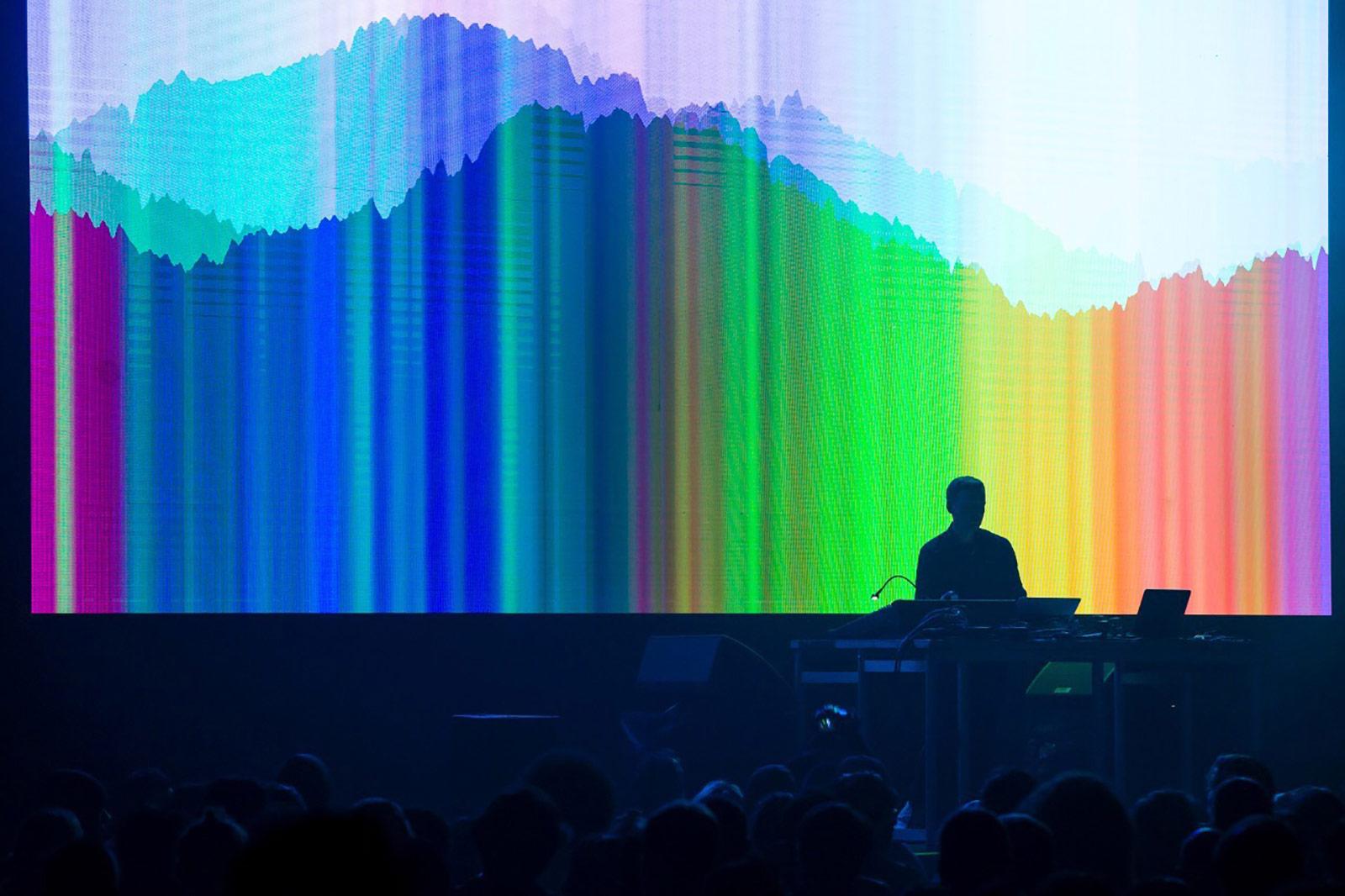 Colectivo Bioluminik envolverá de música inmersiva al Laboratorio Arte Alameda