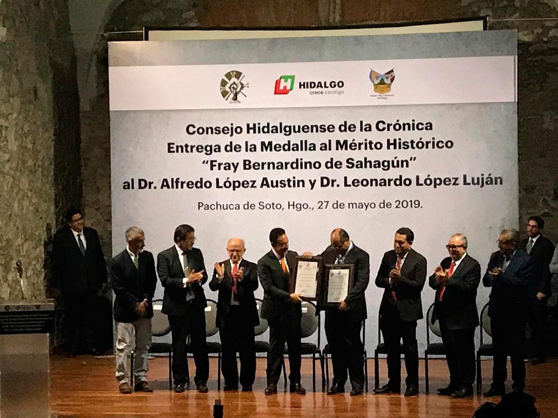 Cronistas del pasado indígena reciben Medalla Fray Bernardino de Sahagún