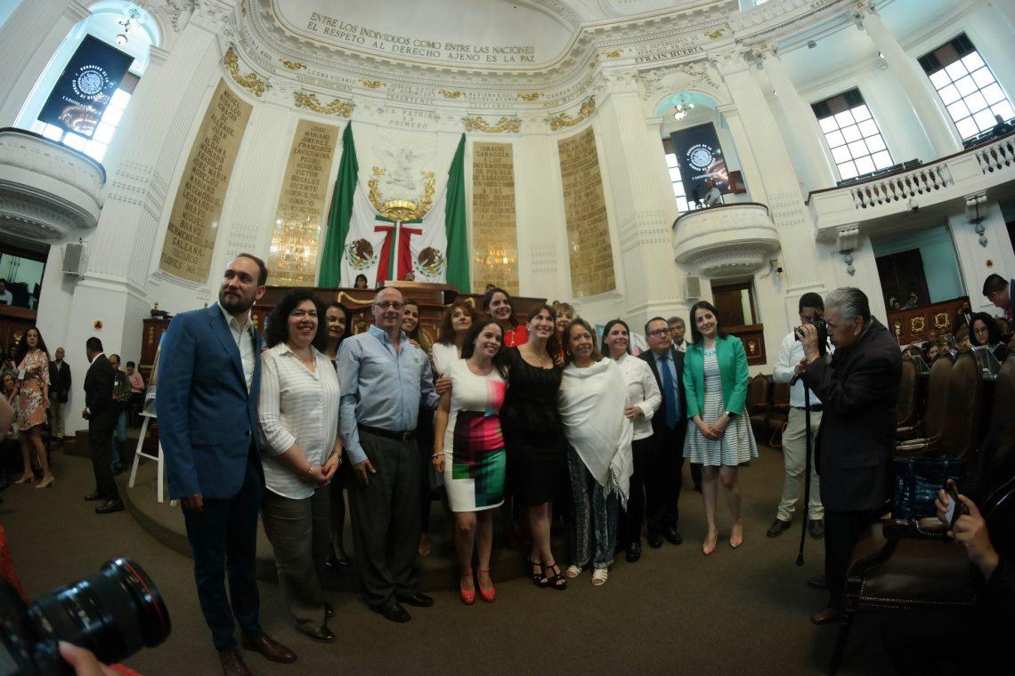 En sesión solemne el Congreso CDMX entrega la Medalla al Mérito Turístico 2019