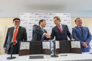Refrendan SEP y BBVA Bancomer convenio de colaboración para otorgar becas a estudiantes de educación secundaria