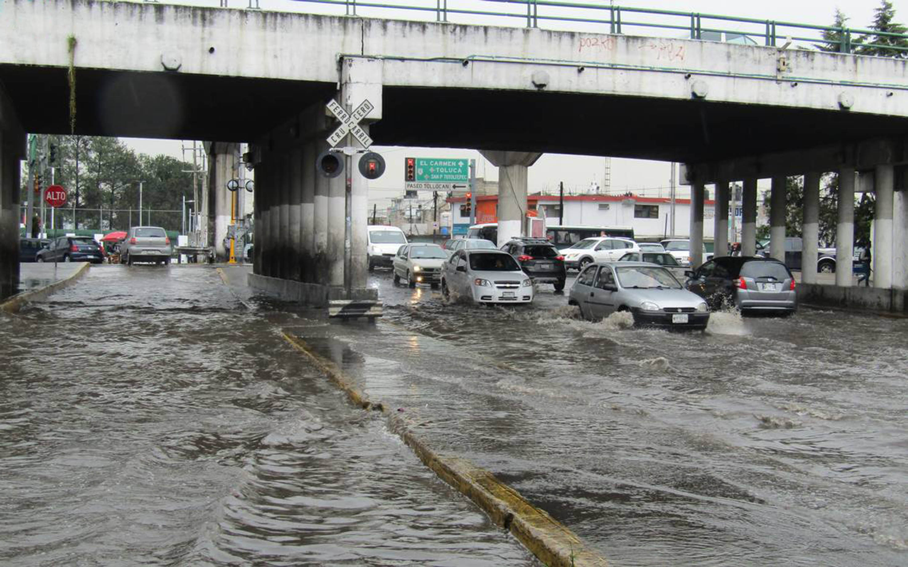 Carencia de agua y presencia de desastres son efectos del cambio climático