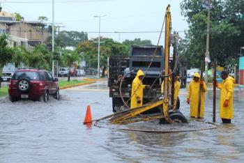 Trabaja Gobierno de la CDMX en atención a encharcamientos por fuertes lluvias en diversas Alcaldías