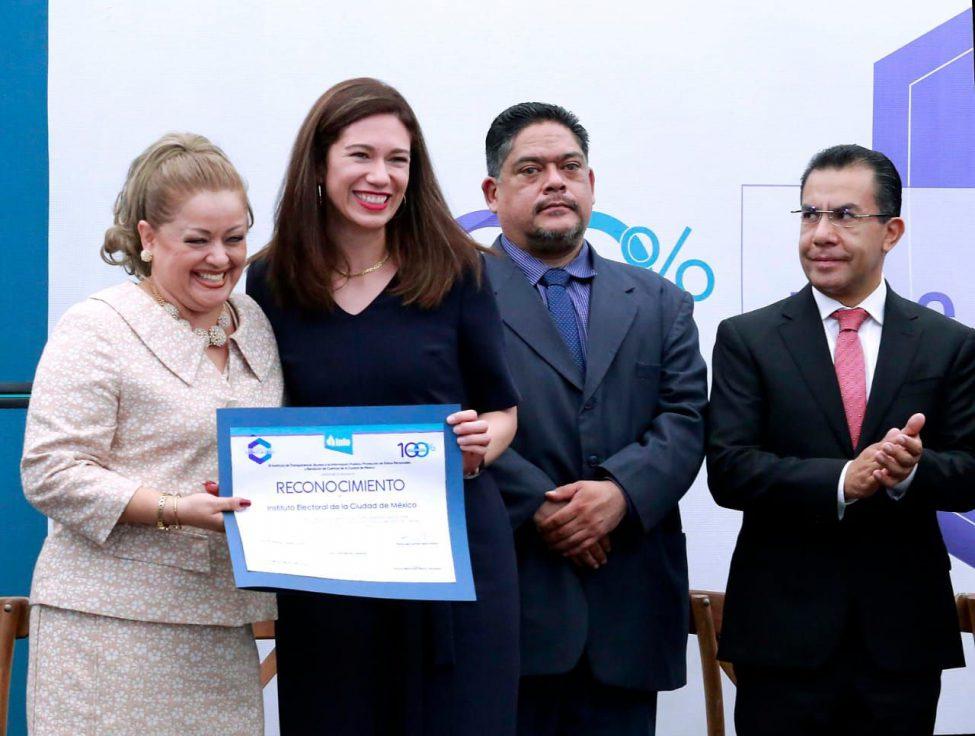 Recibe el Instituto Electoral de la CDMX reconocimiento en materia de Transparencia y Ética Pública