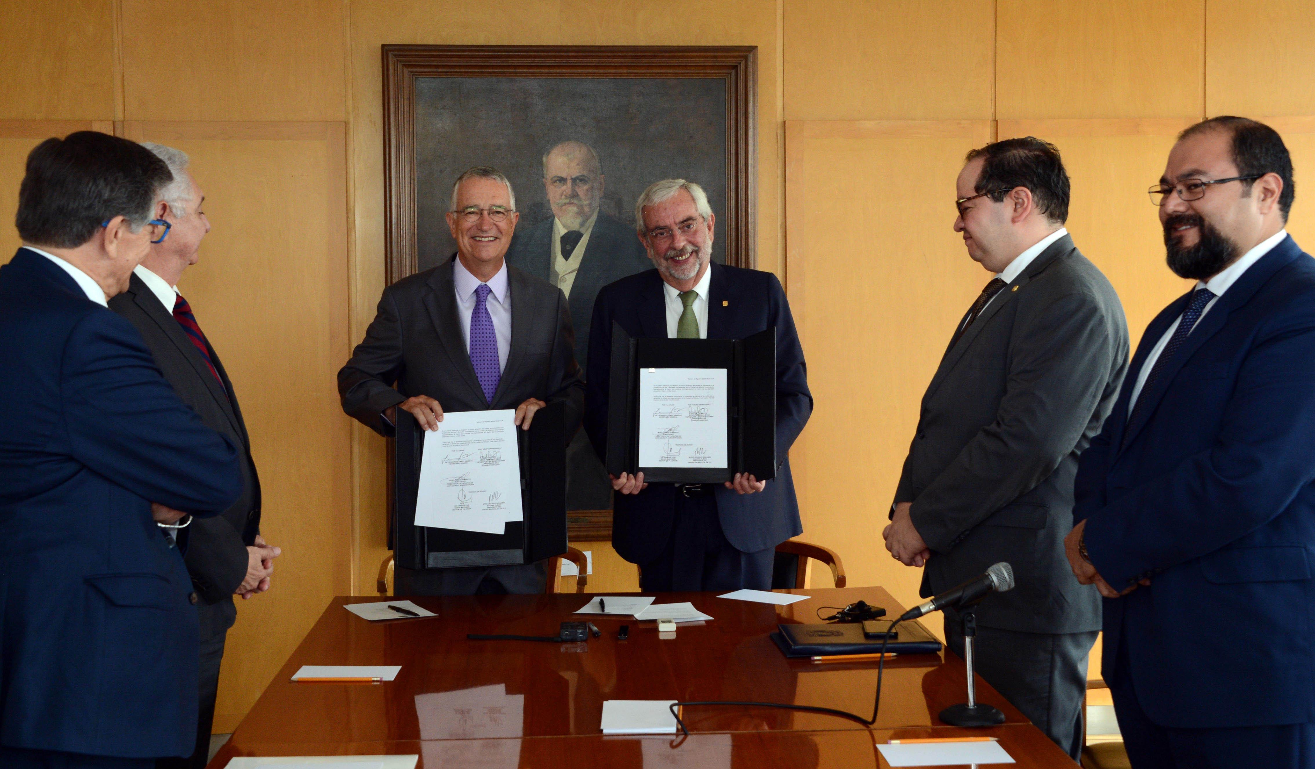 Acuerdan UNAM y Grupo Salinas fortalecer actividades de emprendimiento