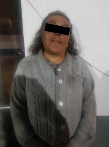 Una Mujer fue arrestada por Policías de la SSC por presunto robo de productos en un negocio