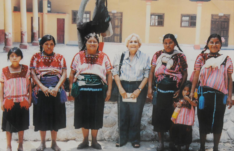 INAH recibe la donación del archivo personal de la antropóloga Margarita Nolasco