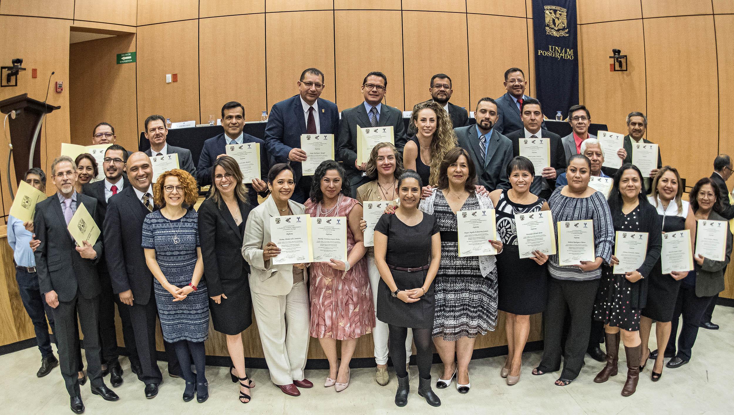 Tiene la UNAM Personal Académico Administrativo del Bachillerato mejor preparado