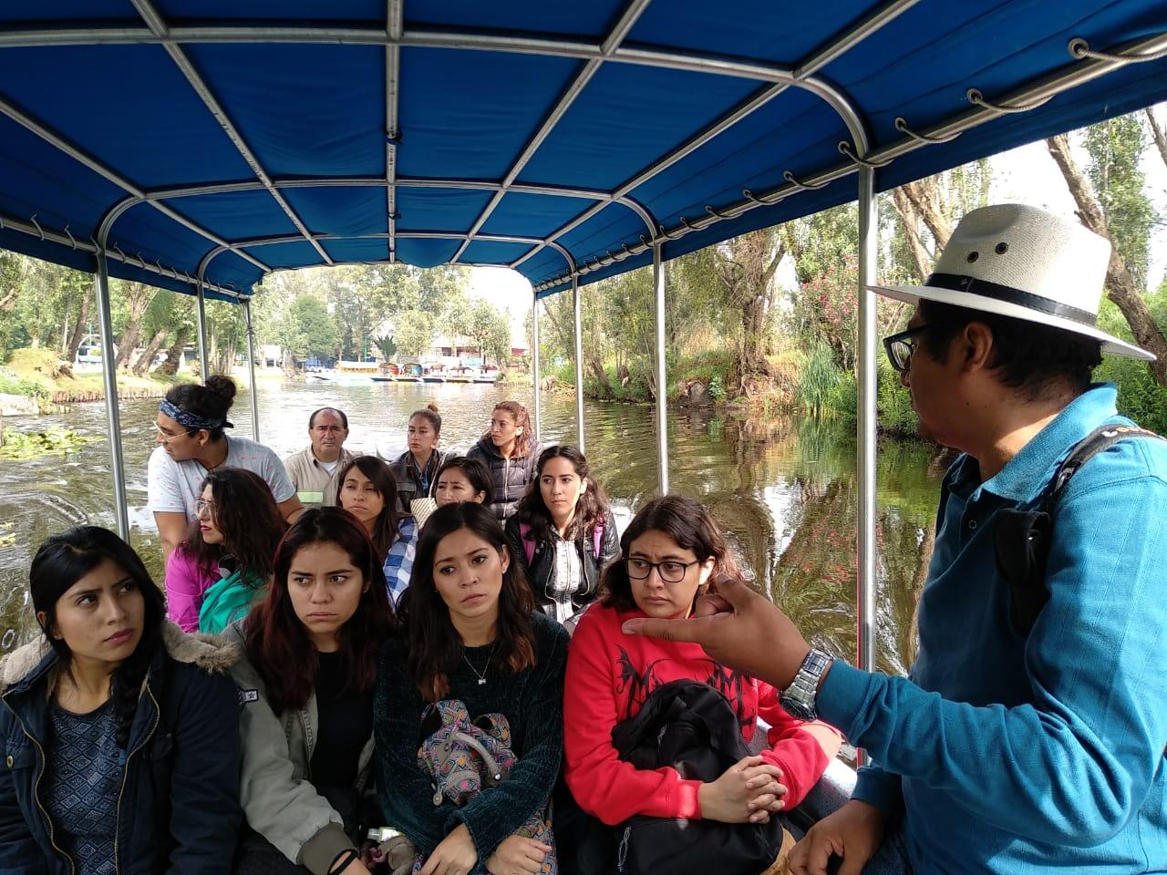 Ofrece Xochimilco recorridos a Universitarios