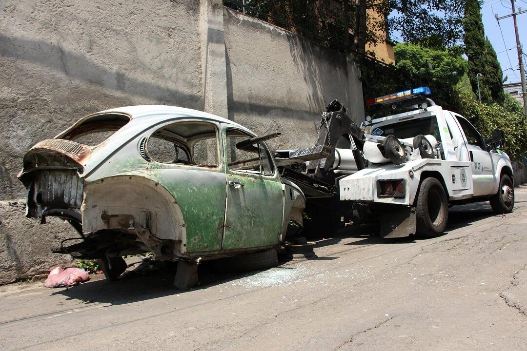 Arranca en Xochimilco retiro masivo de Autos Chatarra