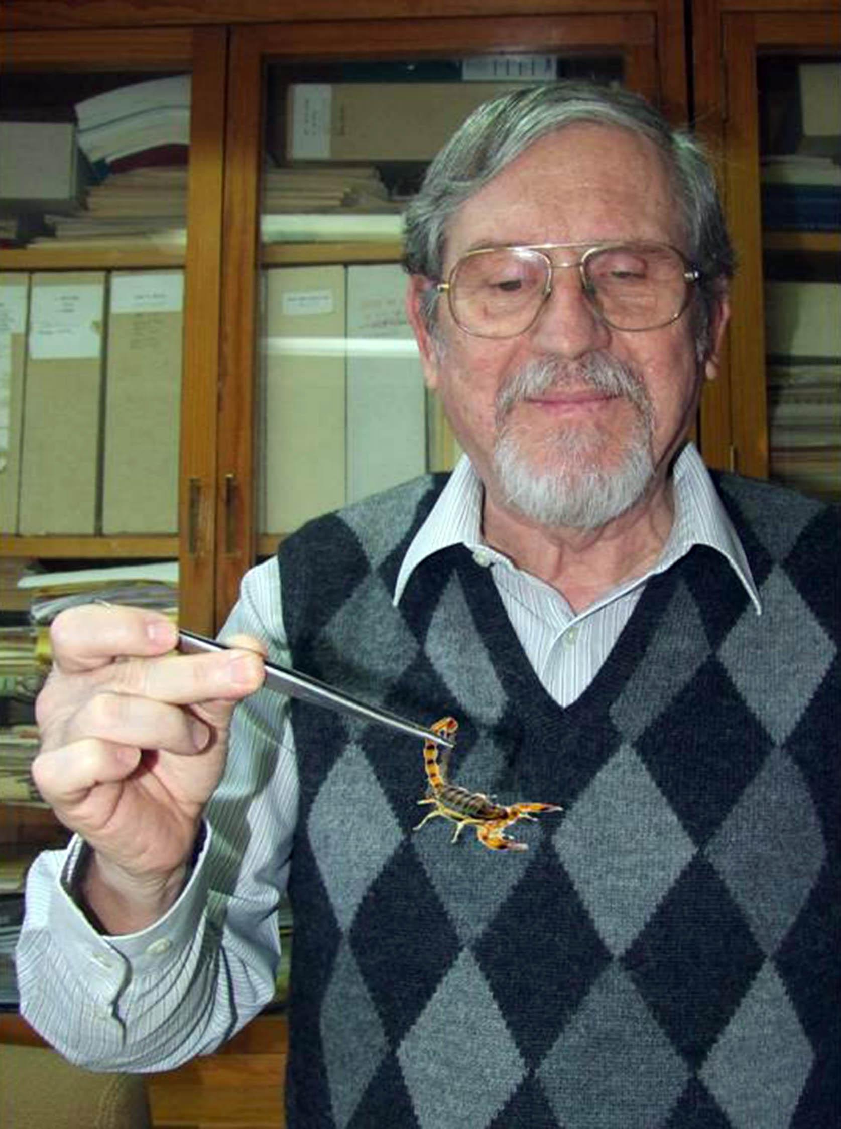 Descubren en Veneno del Alacrán Antibiótico contra la Tuberculosis