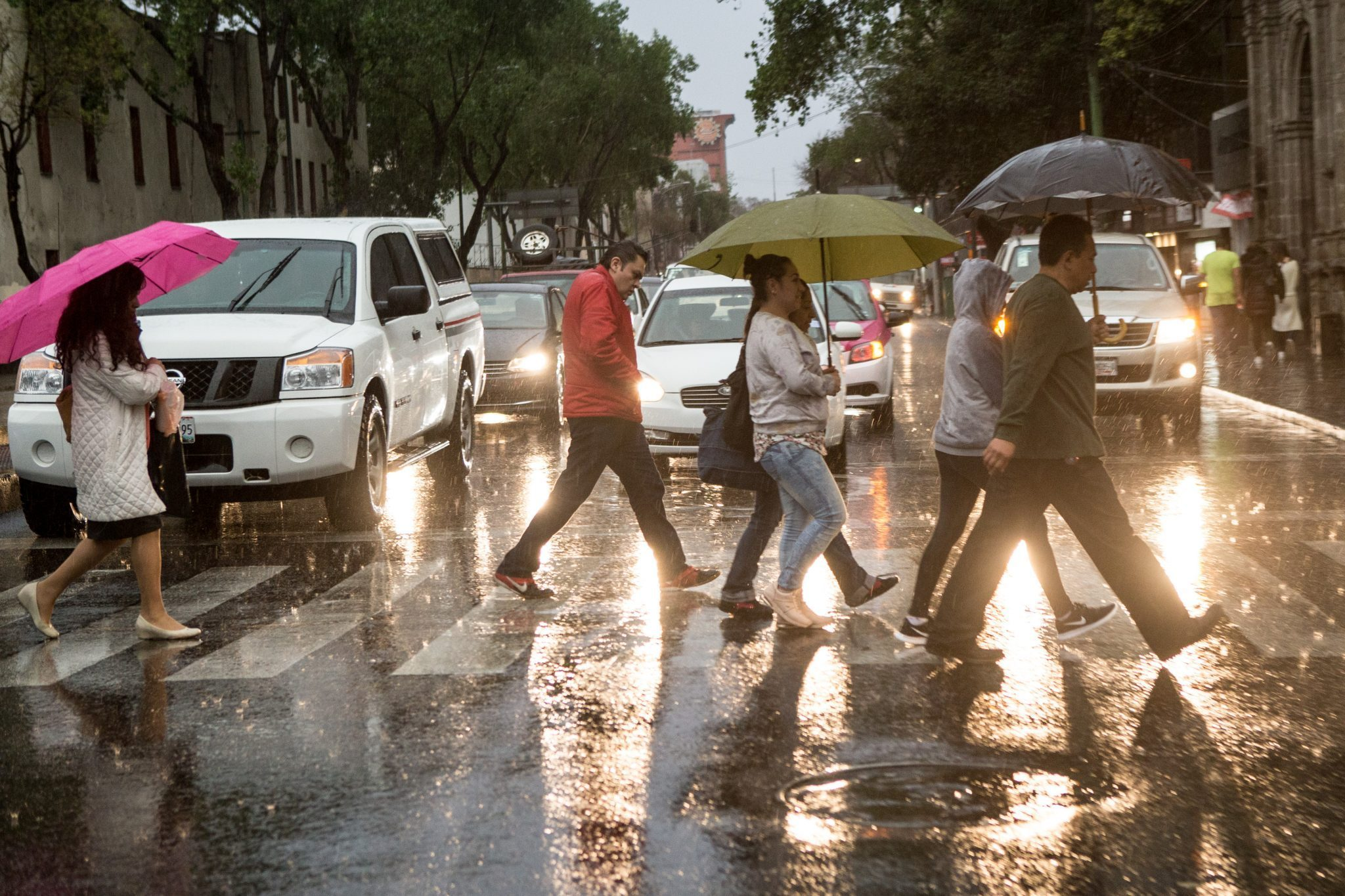 Miércoles con cielo nublado y lluvias fuertes al Norte y Poniente de la Ciudad