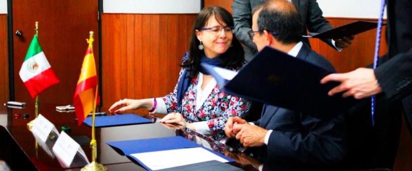 El Conacyt y la Universidad de Sevilla firman acuerdo de cooperación para becas de posgrado
