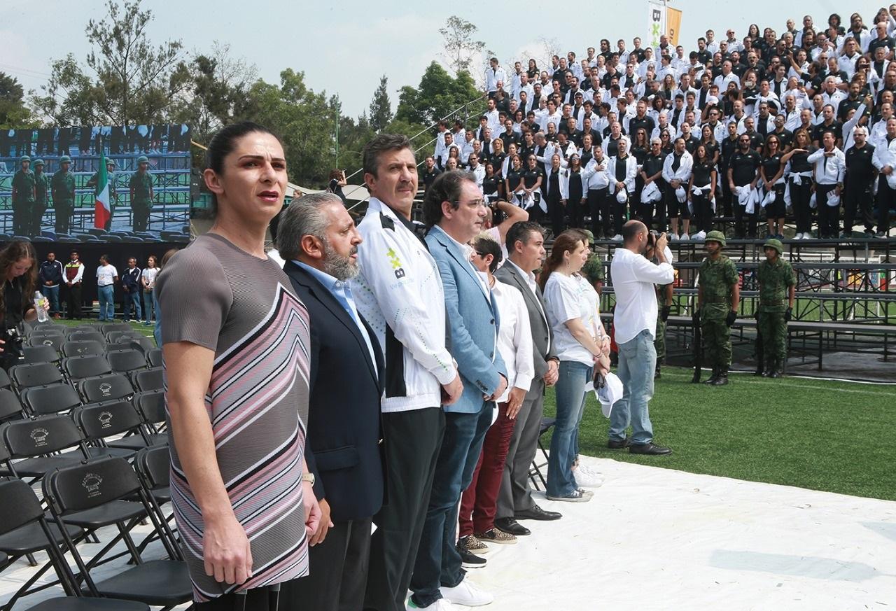 Abandera Ana Gabriela Guevara a delegaciones mexicanas rumbo a los Juegos Macabeos