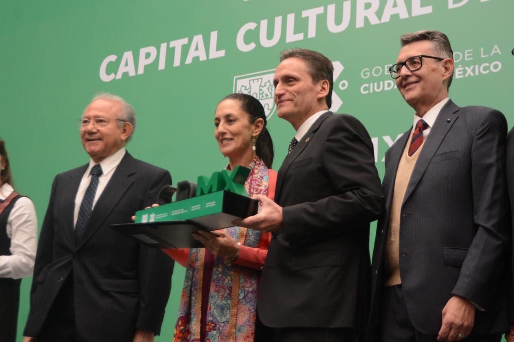 Presenta Gobierno Capitalino Sello Distintivo Capital Cultural de América