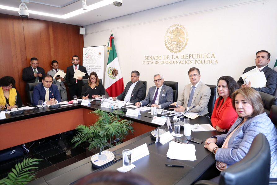 Pide Comisión atender problema del sargazo en Quintana Roo
