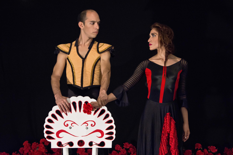 Recuperan historia en el libro Huellas de medio siglo de danza del Ballet Independiente