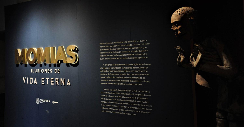 Lucha libre y momias despiden la exposición más exitosa en los 90 años del Museo de El Carmen