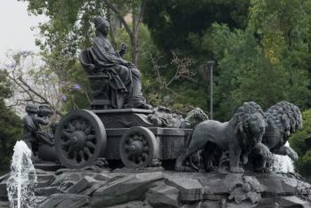 Alcaldía Cuauhtémoc da mantenimiento a monumentos históricos y culturales