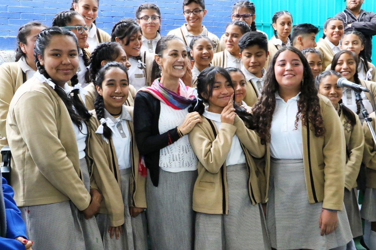Beneficia Mejor Escuela a mil 732 alumnos de Secundaria en Cuajimalpa
