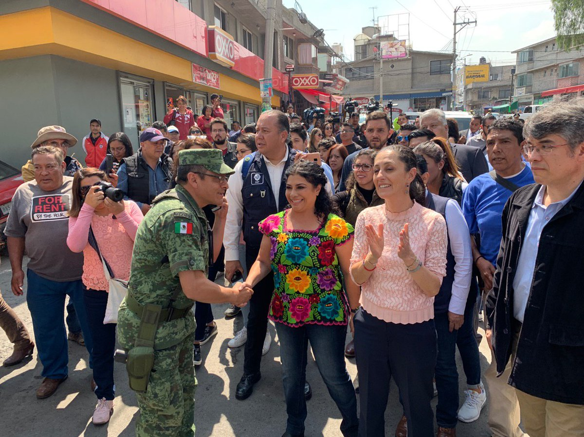 Jefa de Gobierno recorre con Guardia Nacional Colonia Desarrollo Urbano Quetzalcóatl