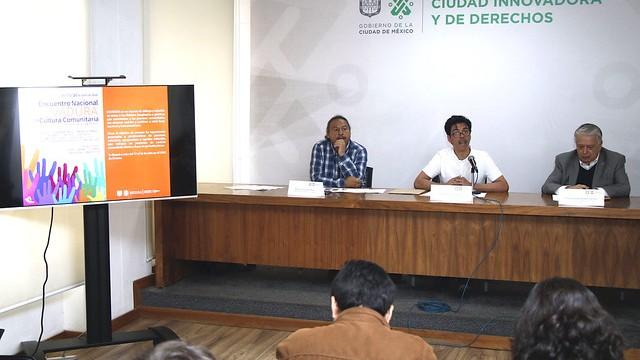 Diálogos de Verano enlaza Gran Remate de Libros, cultura comunitaria y reflexión colectiva