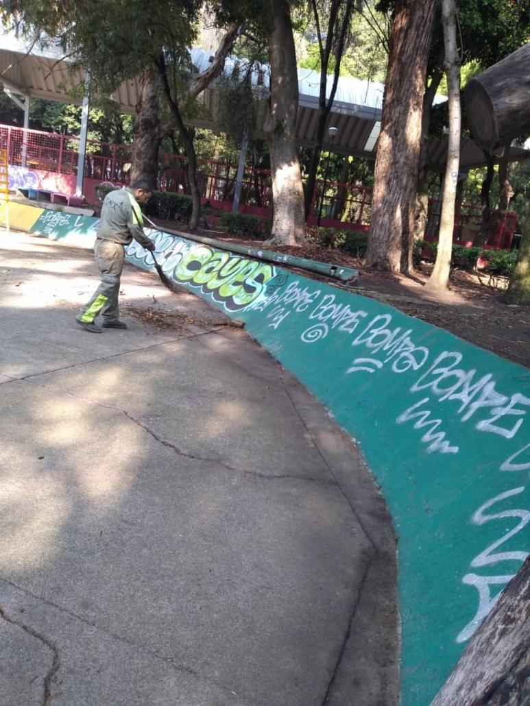 Embellecen espacios públicos en Alcaldía Cuauhtémoc