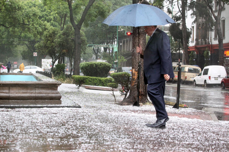 Lluvias Fuertes y caída de Granizo al Norte, Centro y Oriente de la Ciudad
