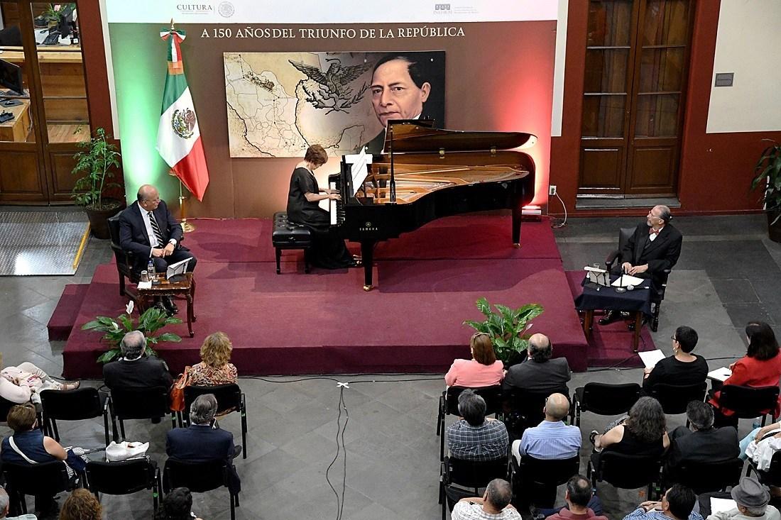 Silvia Navarrete y Vicente Quirarte ofrecerán conferencia concierto en torno a Benito Juárez