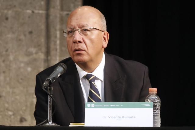 La República nunca dejó de existir en suelo mexicano: Vicente Quirarte