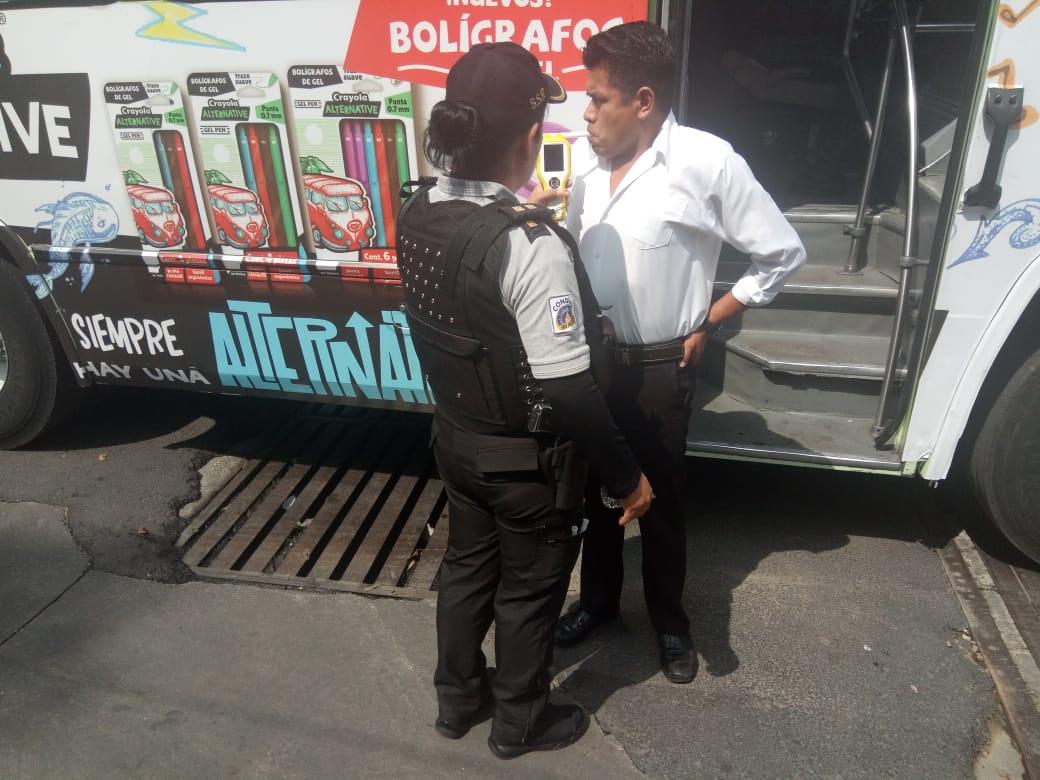 Policías de la SSC aplicaron pruebas de Alcoholemia a conductores de transporte público en Tlalpan