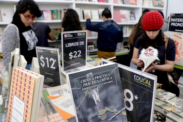 Gran Remate de Libros rompe récord de visitantes en el Monumento a la Revolución