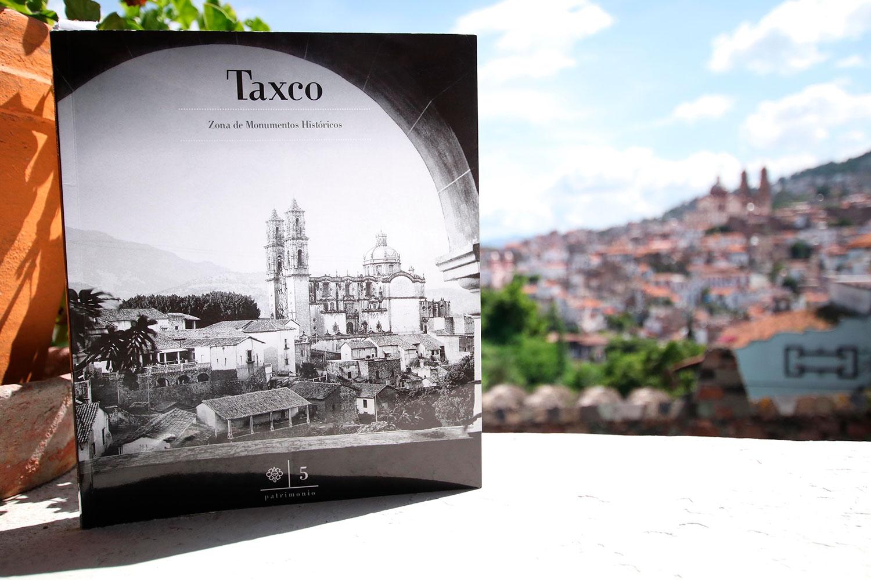 INAH presenta libro dedicado a la Zona de Monumentos Históricos de Taxco