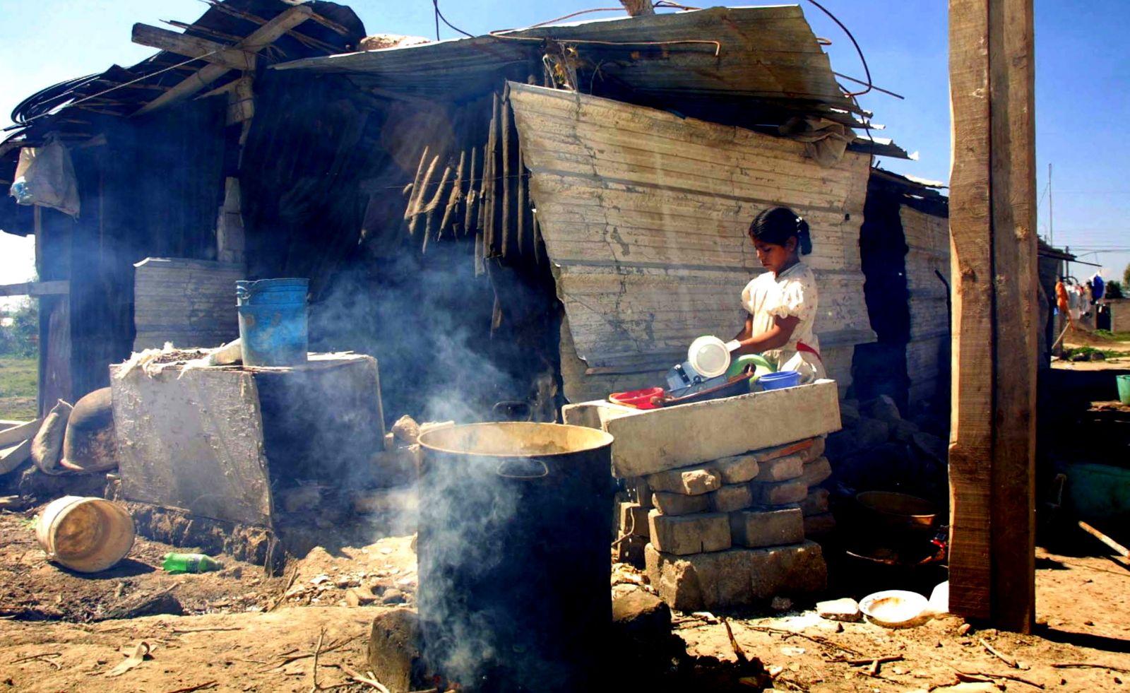 Reducir pobreza extrema es el principal reto del Estado