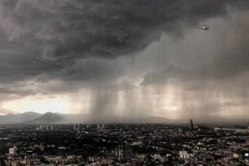 Actualiza SGIRPC alerta amarilla por desplazamiento de tormenta en toda la ciudad