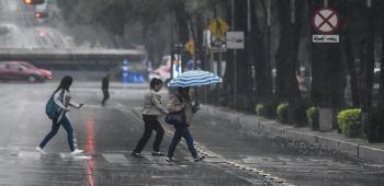 Jueves con cielo nublado y lluvias fuertes al Oriente, Sur y Poniente de la Metrópoli