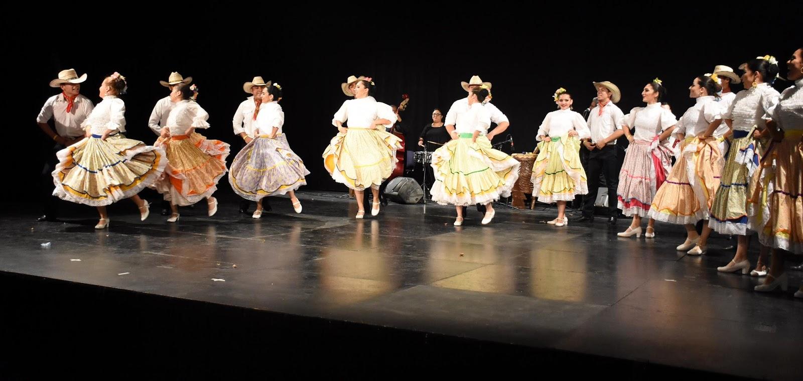 Compañía de Danza Folklórica de Chihuahua se presentará con ¡Arriba el norte...! Y a ver quién pega un grito en Bellas Artes