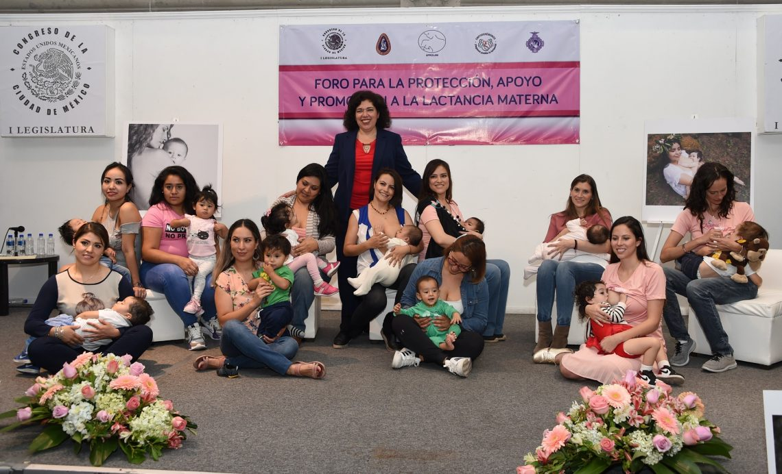 Necesario erradicar el estigma social que existe hacia la lactancia materna