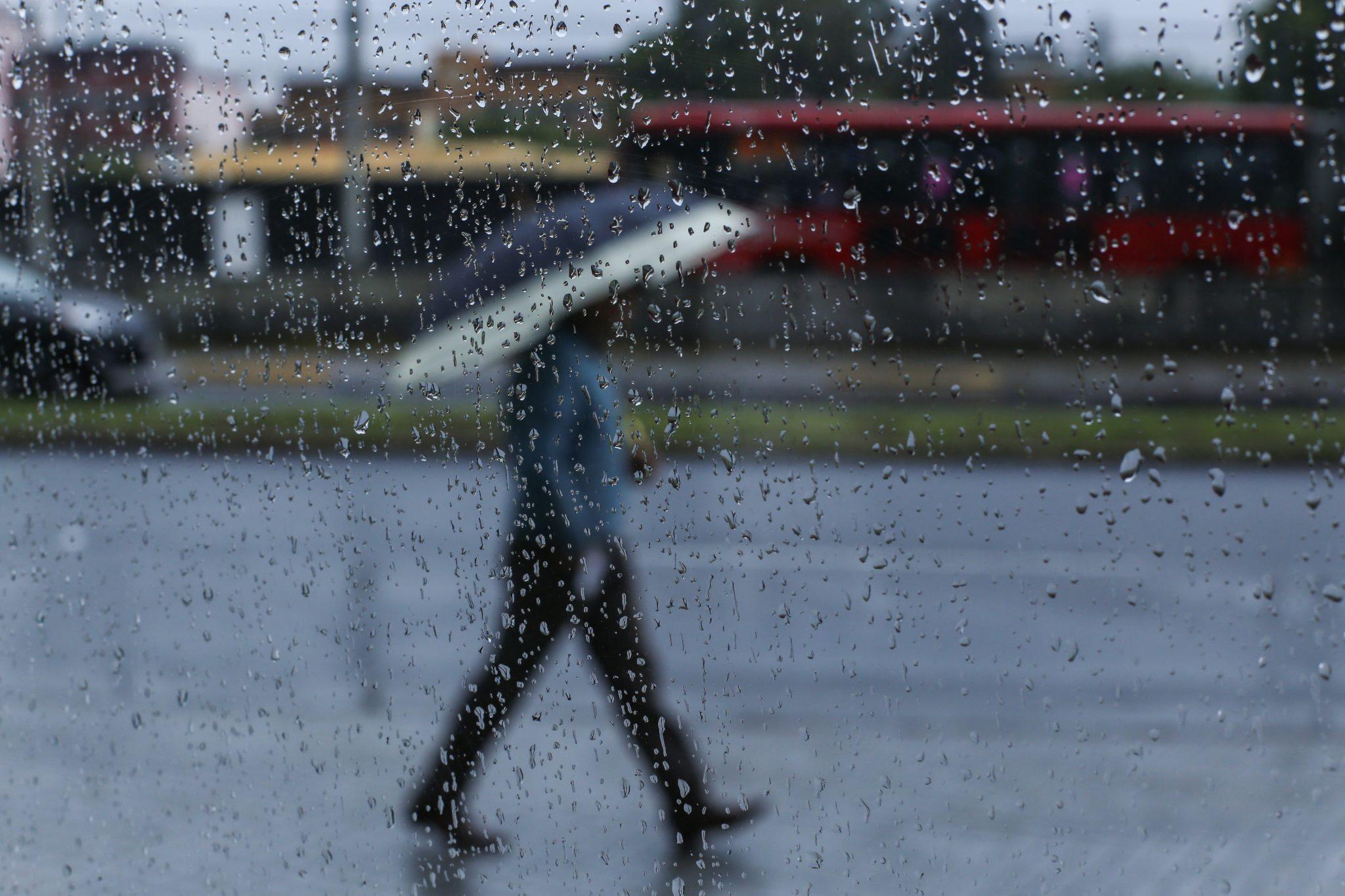 Este miércoles prevalecerán las lluvias fuertes al Norte y Poniente de la Capital