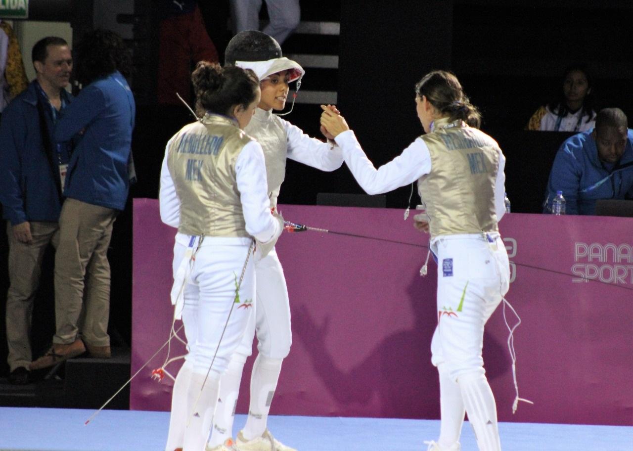 Florete de bronce para el equipo femenil de esgrima en Lima 2019